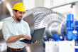 Ingenieur im Maschinenbau // Engineer in mechanical engineering
