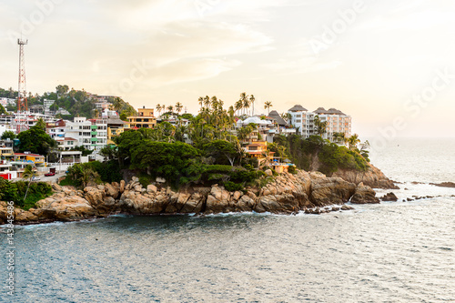 Fotografija  View of Acapulco in evening, Mexico