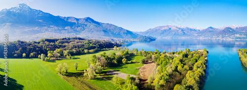 Trivio di Fuentes - Foce del fiume Adda nel Lago di Como (IT) - Vista Aerea vers Canvas Print