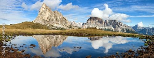 Keuken foto achterwand Bergen View from passo Giau, mountain lake, Dolomites mountains