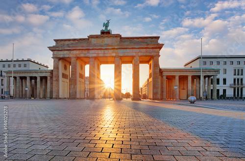 Zdjęcie XXL Berlin - Brama Brandenburska o wschodzie słońca, Niemcy