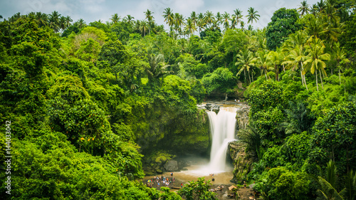 Foto auf AluDibond Wasserfalle Amazing Tegenungan Waterfall near Ubud in Bali, Indonesia