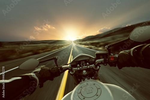 In de dag Route 66 Motorrad auf Landstraße