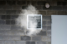 Industrial Ventilation And Air Conditioning Pipe With Toxic Smoke