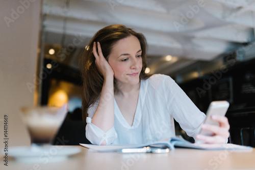 Fotografie, Obraz  Procrastinating on the phone