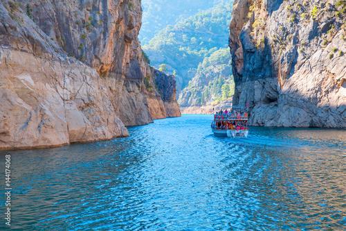 Fotografie, Tablou green canyon in a mountain lake , Turkey