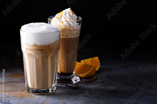 Photographie Coffee latte and viennese coffee with whipped cream