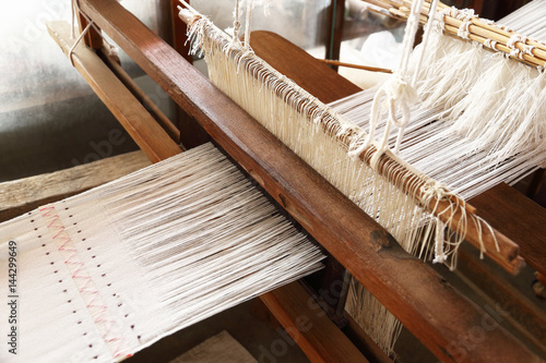 Fotografie, Obraz  weaving handloom for pattern and background