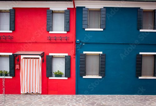 Colorful facade, wall in Burano island in Venice, Fototapet