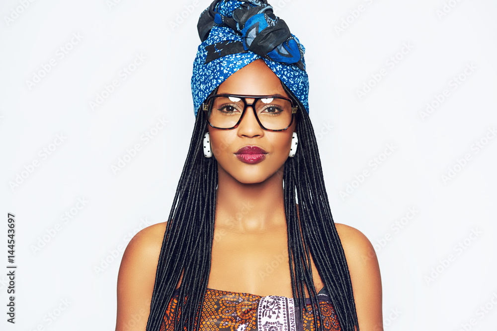 Fototapety, obrazy: Fashionable black woman in ethnic clothes