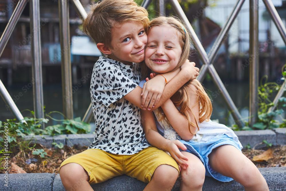 Fototapety, obrazy: Children together