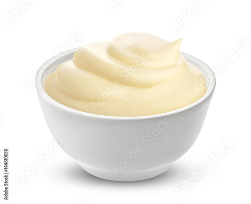 Obraz na plátně  Mayonnaise sauce in bowl isolated on white background with clipping path