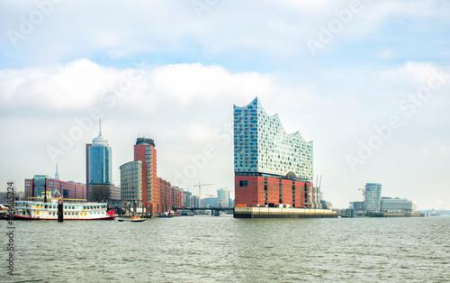 Foto auf Gartenposter Oper / Theater panoramic view of Hamburg city