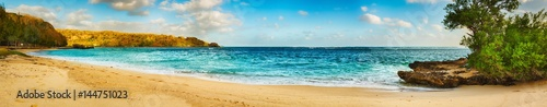 Foto-Leinwand - Sandy tropical beach. Panorama