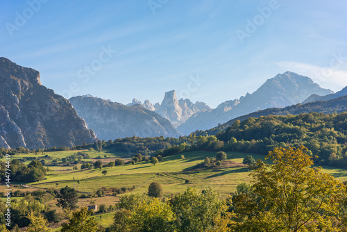 Valokuva  The foothills of the National Park Los Picos de Europa