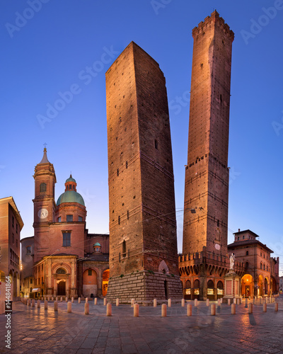 Leinwand Poster  Two Towers and Chiesa di San Bartolomeo in the Morning, Bologna, Emilia-Romagna,