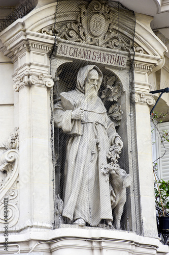 Stampa su Tela Statue de Saint Antoine / Rue du faubourg Saint Denis / Paris
