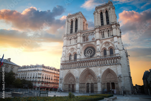 Notre Dame de Paris Wallpaper Mural