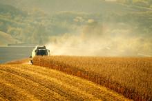 Harvester Combine Harvesting C...