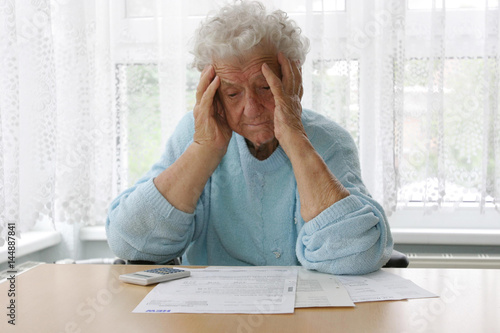 Fotografie, Obraz  Rentnerin in einem Pflegeheim