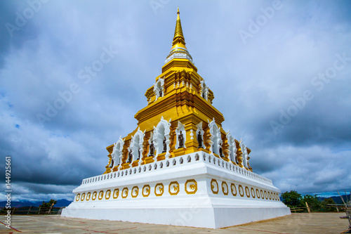 Spoed Foto op Canvas Bedehuis A Buddist Temple on the hill in Chiang Rai Province Northern Thailand