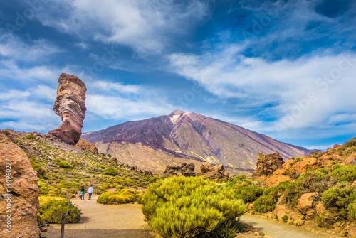 Pico del Teide with Roque Cinchado rock, Tenerife, Canary Islands, Spain