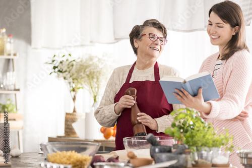 Poster Cuisine Happy grandma cooking