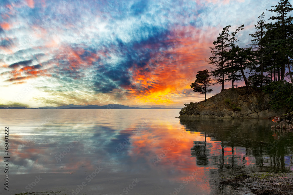 Fototapety, obrazy: Wildcat Cove in Washington State at Sunset