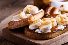 Breakfast Ricotta Toasts With ...