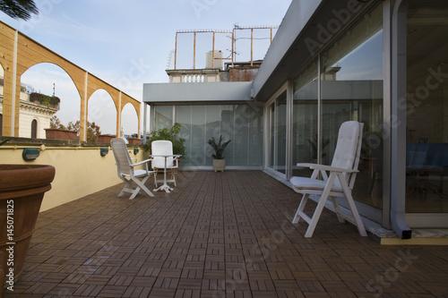 Pavimenazione decorata su terrazza arredata con vista - Buy this ...