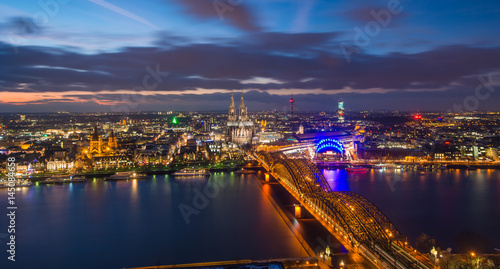 Keuken foto achterwand Bruggen Aerial view on Cologne city at night in Cologne, Germany