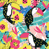 Toucan floral pattern - 145140479