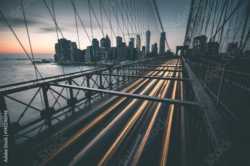 Zdjęcie XXL Ruch na Brooklyn Bridge - Nowy Jork