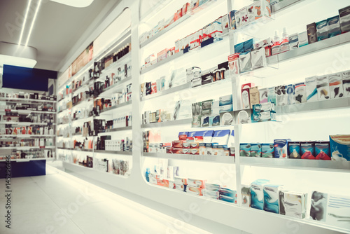 Photo sur Toile Pharmacie At the pharmacy