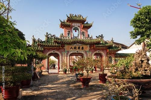 Foto  Gate of Phuoc Kien Assembly Hall (Hội quán Phước Kiến) , Hoi An, Vietnam