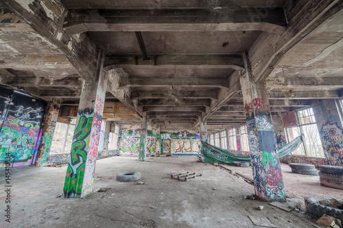 Papiers peints Les vieux bâtiments abandonnés Abandoned old factory building