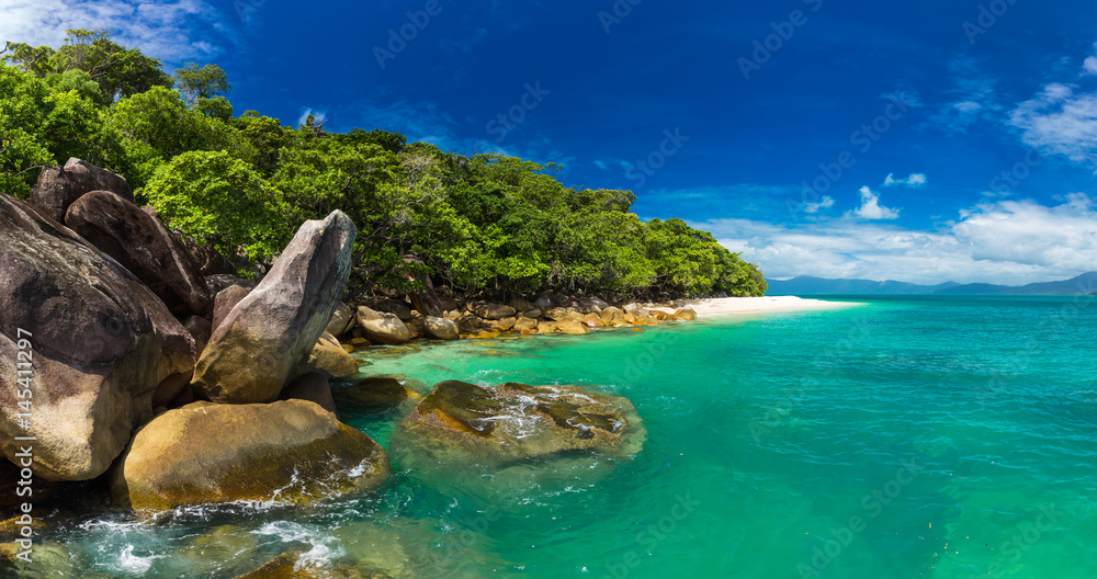 Fototapety, obrazy: Nudey Beach on Fitzroy Island, Cairns area, Queensland, Australia