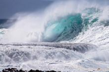 Hwaii Tidal Wave