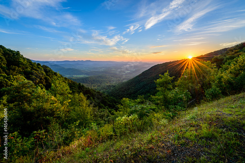 Photo  Sunrise Over Lovers Leap