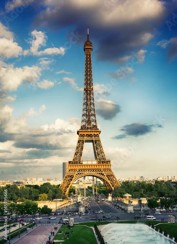 Cadres-photo bureau Batiment Urbain Eiffel Tower, Paris, France