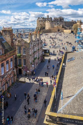 Obraz na dibondzie (fotoboard) Królewska mila i stary centrum Edynburg na wiosnę