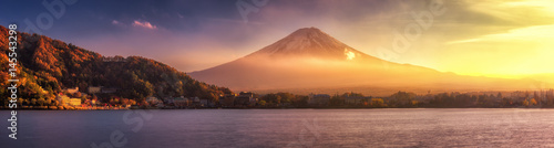 Spoed Foto op Canvas Japan Panoramic view of Mt.Fuji