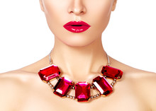 Fashion Woman With Luxury Jewelry. Beautiful Girl With Bright Necklace. Fashionable Jewellery And Accessories