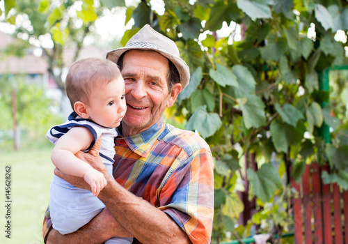 Fényképezés Great-grandfather with nephew