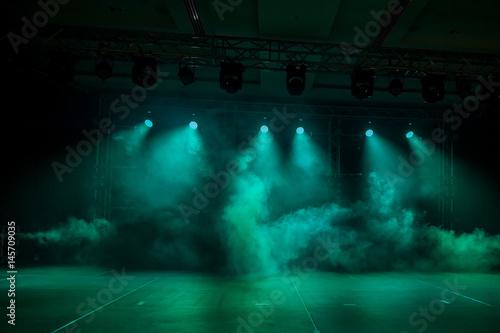 Plakat Oświetlenie, światło na scenie przy dyskotece