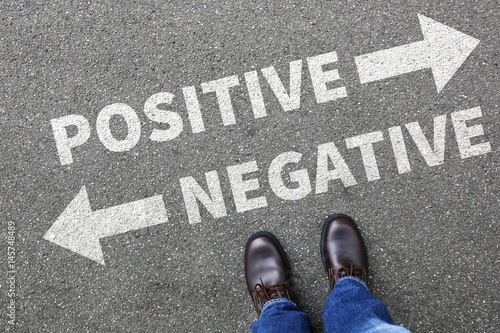 Fotografía  Negative positive thinking good bad thoughts attitude business concept decision