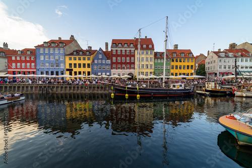 Photo  Nyhavn harbour in copenhagen denmark
