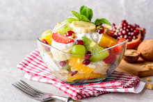 Fresh Fruit Salad With Yogurt ...