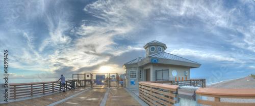 Foto auf Acrylglas Bestsellers Juno Beach Pier At Sunrise - Jupiter, FL