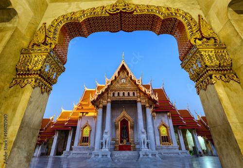 Cadres-photo bureau Bangkok THAILAND BANGKOK Wat-Benchamabophit An archaeological sitearchaeological site of Thai Culture.